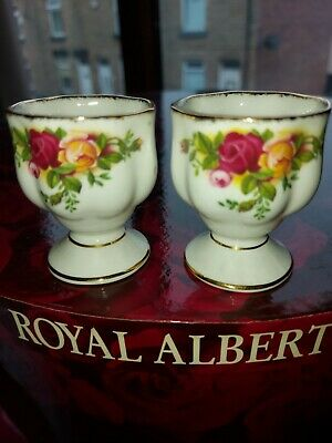 Old Country Roses Fancy Egg Cups X 2 • 1.79£