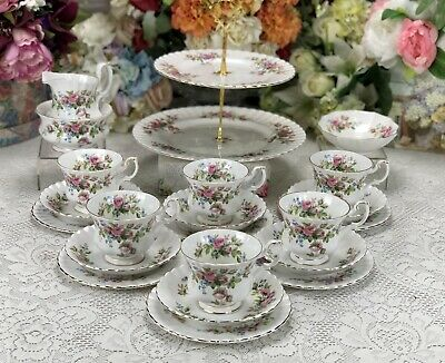 Royal Albert Moss Rose 22 Piece Tea Set • 69.99£