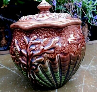 Watcombe Torquay Pottery Lidded Pot / Majolica Lidded Jar / Shell Design • 14.99£