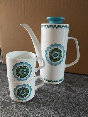 J G Meakin Coffee Pot And 2 Matching Cups • 2.40£