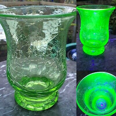 "Vintage Stevens & Williams 6"" URANIUM Green Crackle Glass Vase • 32£"