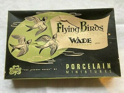 Boxed  Flying Birds  By WADE (F432) • 38£