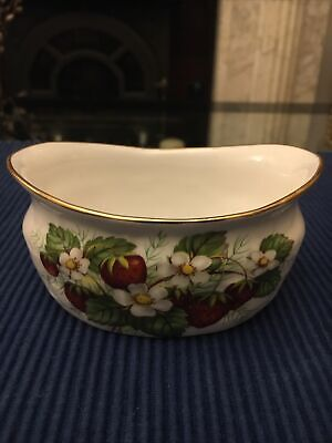 Vintage Hammersley China Sugar Bowl Strawberry Ripe • 10£