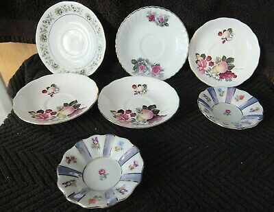A Vintage Lot Of Saucers   Good Cond  For Age • 1.99£