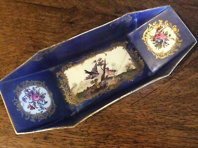 Rare 18th Century Sevres Porcelain Punt / Boat Shaped Dish • 45£