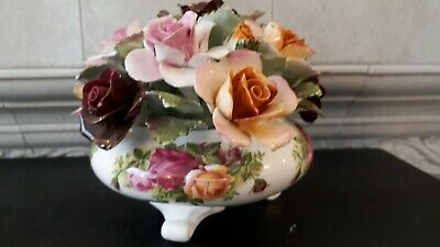 Royal Albert Old Country Roses Large Flower Display. 17cms Wide X 12cms Tall. • 28£