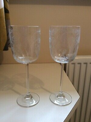 """Pair Of Decorative Crystal Wine Glasses. 9"""" Tall With Decorative Etching. • 6£"""