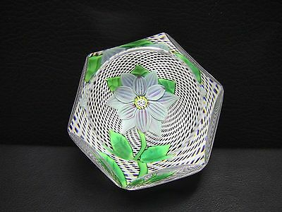 St Louis 1972 Annual Edition Faceted Blue Double Clematis Paperweight • 241.96£