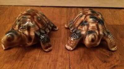 A Pair Of 'Wade' Whimsies Collectable Animals Turtle Tortoises Blue & Brown • 12£
