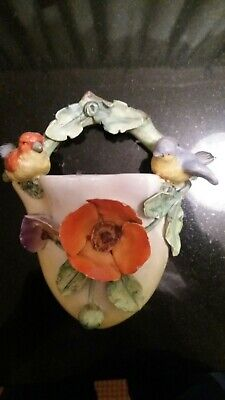 Czechoslavacian China Pottery Wall Pocket • 10£
