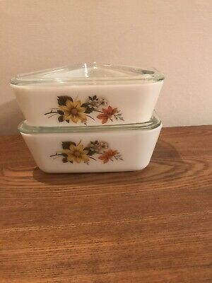 Vintage Pyrex Autumn Glory Triangle Serv-its Lidded Dishes Fridge Stackable X 2 • 14.99£