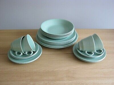 22 Pieces Wood's Beryl Ware - Cups, Saucers, Plates & Bowls • 27.99£