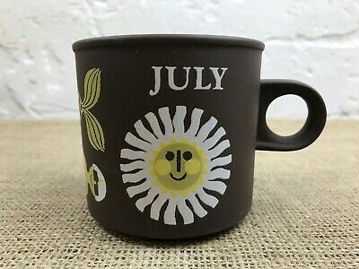 VINTAGE MID CENTURY 1970s HORNSEA  POTTERY JULY LOVE MUG BY KEN TOWNSEND • 12£