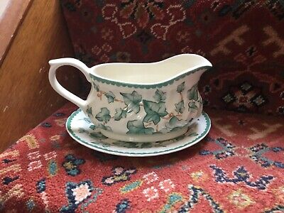 British Home Stores Country Vine - Ivy Leaves Gravy/sauce Boat And Stand • 7£