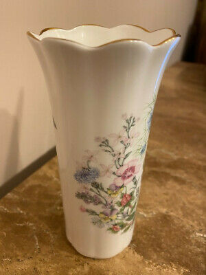 Aynsley  Wild Tudor  6inch Bone China Vase. Pre Owned But Perfect Condition • 4£