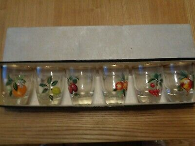 Vintage Boxed Set Of Small Glass From 1950/60 Painted With Fruit See Photos • 3£