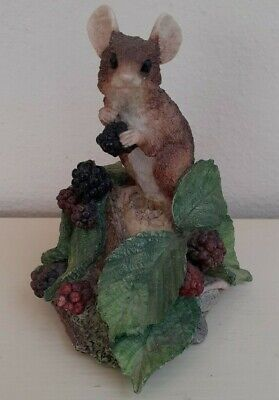 Collectible Vintage Mouse Eating Blackberries Ornament/Figurine • 11£