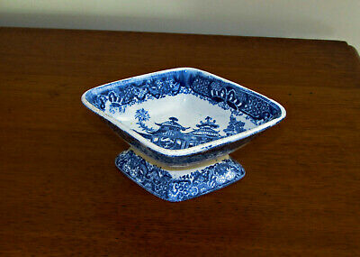 Pearlware Blue And White Table Salt, Oriental Temple Pattern, Circa 1810 • 48£