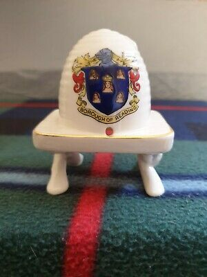 Arcadian Queens Beehive On Cross Legged Table Crested BOROUGH OF READING  • 5£