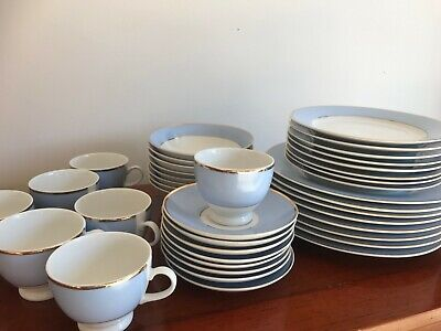 Royal Doulton - Bruce Oldfield  - Powder Blue, White And Gold - Assorted Items • 3.50£