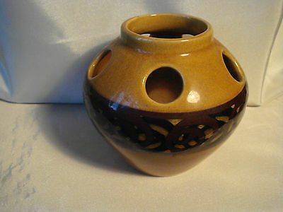 BRIXHAM POTTERY VASE.  Amber & Brown. Height 3.5 Inches. • 4£