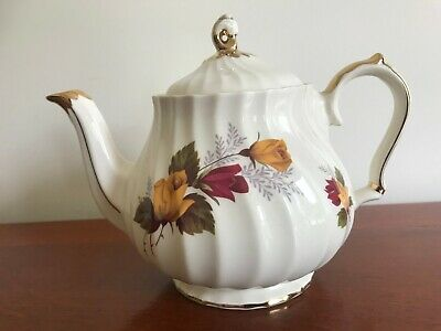 Vintage Pottery - Sadler   Red And Yellow Roses  -  Tea Pot • 14.99£