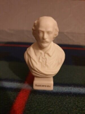 W H Goss Parian Ware Bust Of Shakespeare • 12£