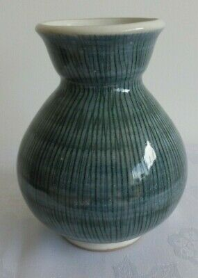 Rye Pottery Very Attractive Designed Vase. 15 Cms Tall, No Damage. Museum Piece. • 38£