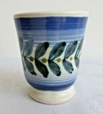 Rye Pottery 8 Cms Tall Beaker With Lovely Blue Design, Fully Marked. • 18£