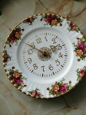 Royal Albert 'old Country Roses' 10  WALL CLOCK. Working And In VGC.  • 10£