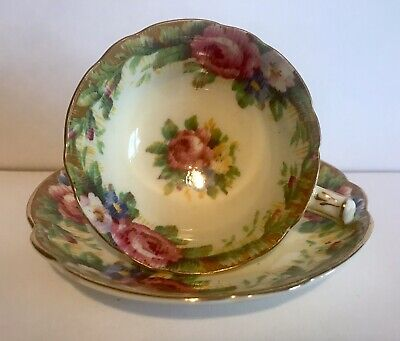 Vintage Paragon Teacup Cup & Saucer Yellow Gold Gilt Floral Roses Miniature • 50£