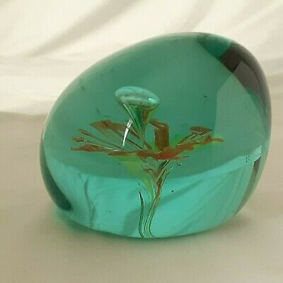 Vintage Green Art Glass Dump Paperweight With Flower - Large Pontil • 14.99£
