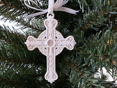 Wedgwood Christmas Figural Cross Tree Decoration (White And Grey).  • 20£