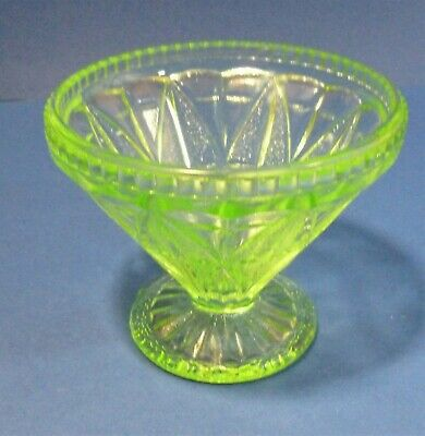 Vintage Pressed Green Glass Candy Dish/bowl Depression Glass 3.25  Tall  • 6.99£
