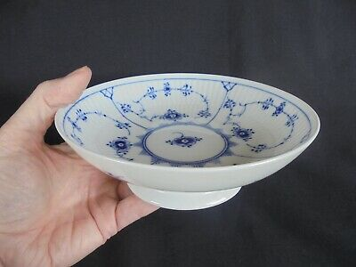 ROYAL COPENHAGEN BLUE FLUTED PORCELAIN Footed  BOWL ~ Beautiful  Quality ! • 4.99£