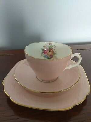 Coalport Cup, Saucer And Plate • 30£