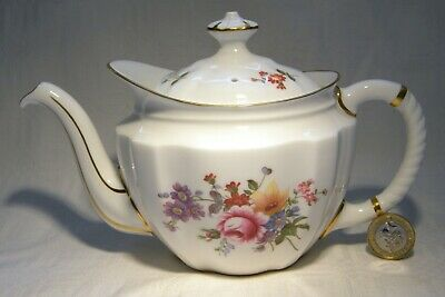 Royal Crown Derby Posies Small Teapot • 49.99£
