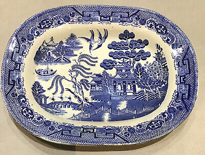 Blue & White Willow Pattern Serving Dish • 19£