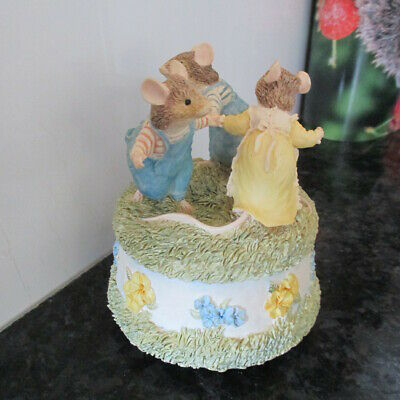 Brambly Hedge Classic Collectables Bhf01 Musical 3 Mice English Garden   Look! • 12.50£
