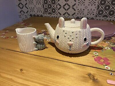 Teapot Milk Jug Knitted Cat Mouse Crochet White George • 5.99£