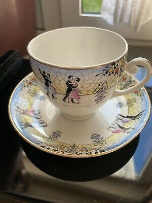 Royal Vale Antique Cup And Saucer • 6£