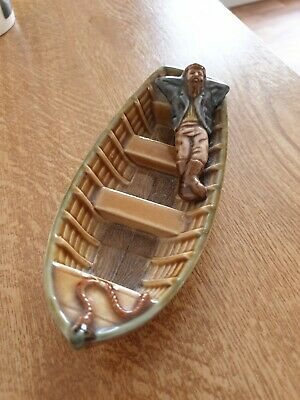 Wade Man In The Boat • 13£