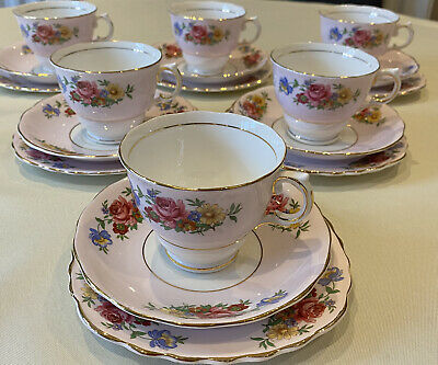Beautiful Vintage 1940s Colclough Pastel Pink And  Red Roses Tea Set Of 6 Trios • 29.99£