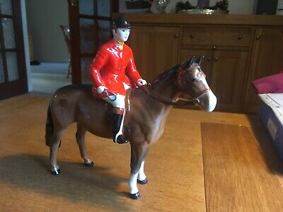 Beswick Classic Male Huntsman Riding Chestnut Brown Horse - Damaged • 20£