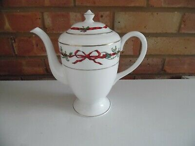 Royal Worcester Coffee Pot - Holly Ribbons - Made In England  • 150£