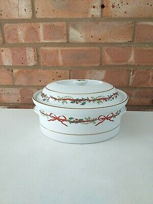 Royal Worcester Casserole Dish Oven To Table - Holly Ribbons - Made In England  • 100£