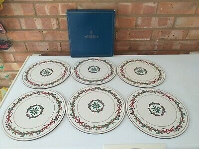 Royal Worcester Round Placemats Holly Ribbons - More Available - Made In England • 50£