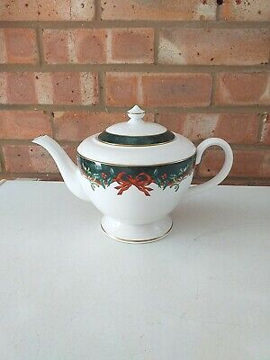 Royal Worcester Tea Pot - Holly Ribbons Green - Made In England  • 112.50£