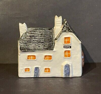 Heritage Houses '1559 Elizabethan Watermill' 8.5cm Tall ~ ©1978  • 5£