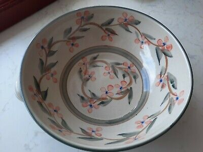 Highland Pottery Bowl  Newtonmore 10 Inches Across 3.5 Inches High • 19£